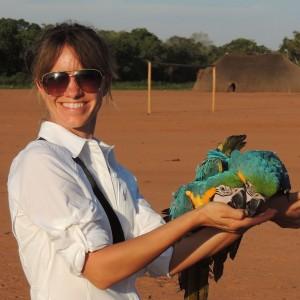 Hillary Hankey – Avian Behavior International, Entrepreneurship and free flight bird training…
